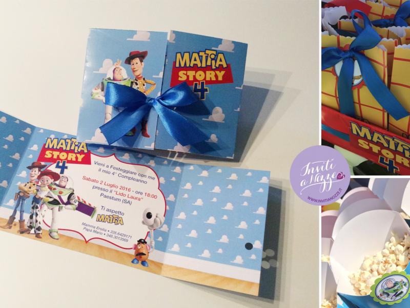 Invito di compleanno toy story in coordinato con bustine regalo e box pop corn